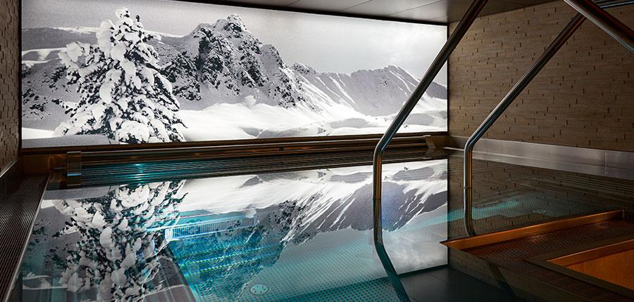 Switzerland_Davos_Hotel_Seehof_spa_pool.jpg